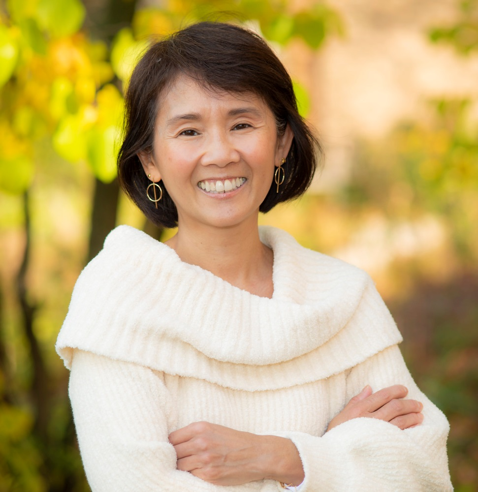 Layhao Diep, Assistant to the Executive Director and Bookkeeper